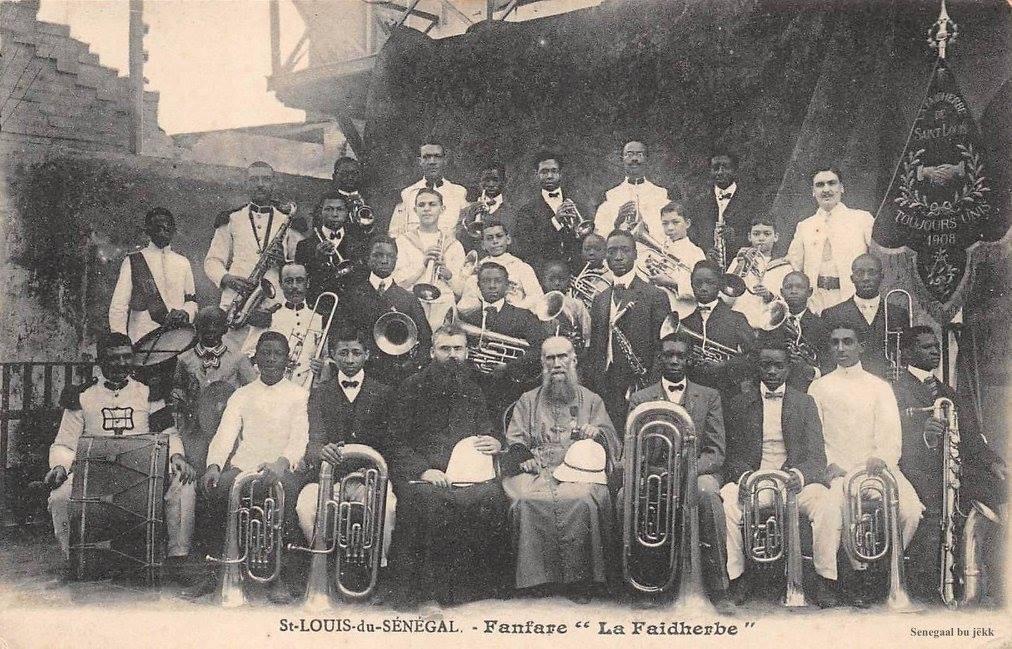 "La fanfare ""La Faidherbe"" de Saint Louis en 1908"