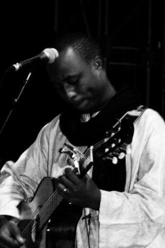 """A la découverte de Hampaté & le Sahel blues """"Une révélation saint-louisienne, vainqueur de la catégorie Musique Africaine de l'AFROS PÉPITES SHOW"""""""