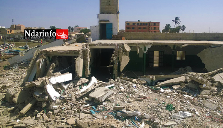 DIRECT - GUET-NDAR : l'une des mosquées, détruite.