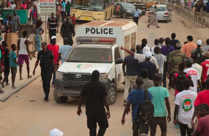Grand Yoff: pluie de pierres sur Youssou Ndour et Mame Mbaye Niang