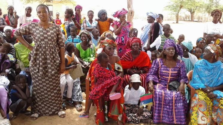 FASS-NGOM : les populations adhèrent à BBY mais demandent de l'eau et des pistes.