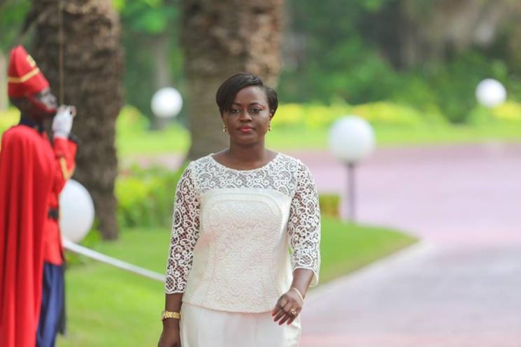 Arrêt sur image: Aminata Angélique Manga du plateau du Jt au Conseil des Ministres