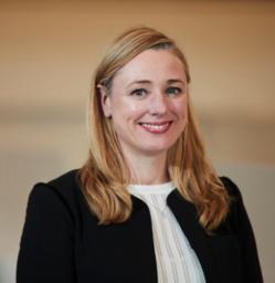"""Emma Delaney (BP) : """"Pourquoi nous avons racheté les parts de Timis au Sénégal"""""""