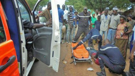 LOUGA : Une fille au volant de sa voiture heurte mortellement son grand-père
