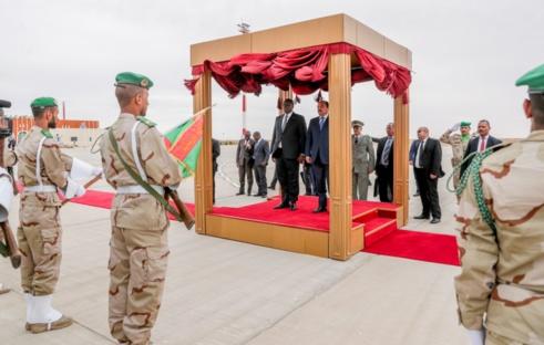 Macky SALL invite à son tour le président Ould Aziz au Sénégal