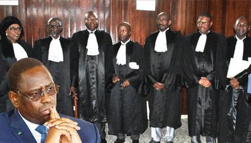 Bataille judiciaire contre le parrainage : l'opposition dépose un recours devant le Conseil constitutionnel