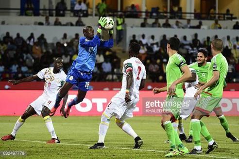Pologne-Sénégal : Le onze des Lions, Khadim Ndiaye dans les buts