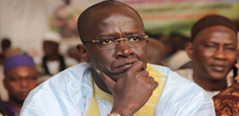 Le soleil : Yakham Mbaye face à sa première crise