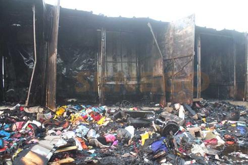 Enième incendie de marché : Petersen perd plus de 300 cantines