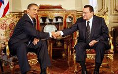 INTERNATIONAL: Obama prône une transition en Egypte, Moubarak consulte l'armée