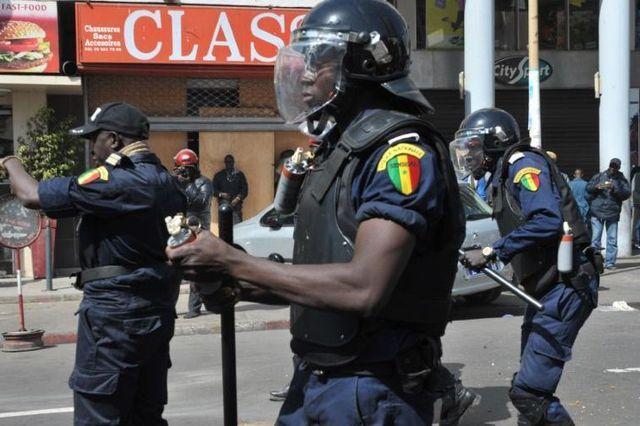 DANS LE COMA À MBACKÉ - Un policier assommé d'une brique par des jeunes réputés fumeurs de chanvre indien lutte contre la mort