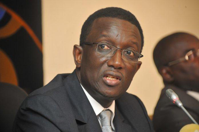 Tension budgétaire : Toussaint Manga demande à Amadou Bâ de démissionner