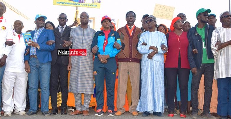"""L'opposition bat le macadam :"""" Cette forte mobilisation est la preuve que NDAR a vomi Macky SALL », crie le Docteur Abdoulaye NDOYE (vidéo)"""