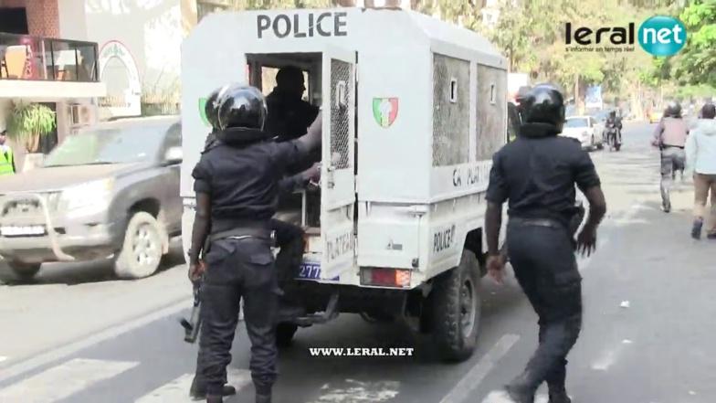 Fadel Barro et Cie arrêtés