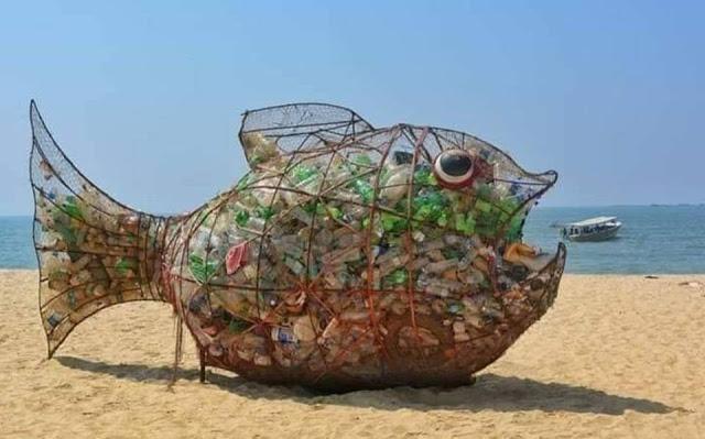 """Lutte contre les déchets plastiques : Kër Xale Yi et """"For Sopi"""" vont placer 4 « Gobies » sur l'hydrobase, le 23 mars"""