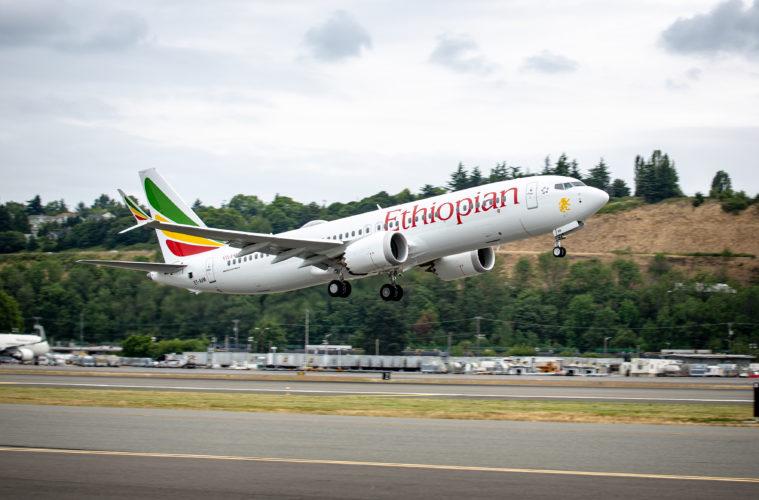 Après le crash en Éthiopie, le Sénégal interdit le survol du Boeing 737 Max
