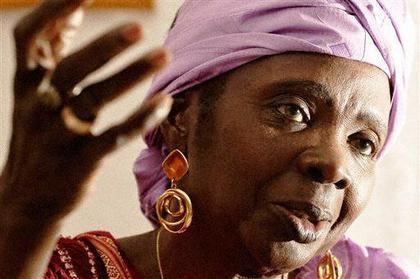 Aminata Sow Fall marraine de la cinquième édition du festival international de poésie de Saint-Louis
