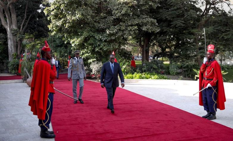Palais – Macky Sall a limogé tout son cabinet : Ministres d'Etat, ministres-conseillers, conseillers spéciaux, ambassadeurs itinérants, tous balayés