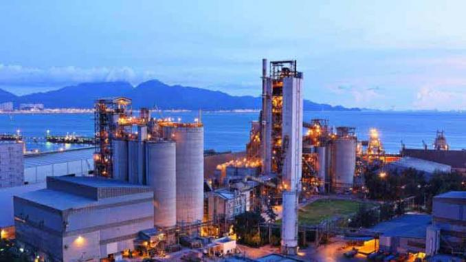 La production industrielle a chute de 6, 8 % en février