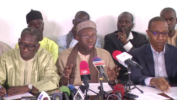 Lettre au ministre de l'Intérieur : Les partis de l'opposition membres du FRN suspendent leur participation au dialogue national.