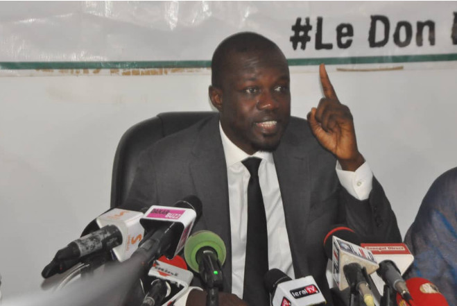 """SONKO réagit à la déclaration de Macky SALL : """" je l'accuse d'être le seul responsable de cette corruption """""""