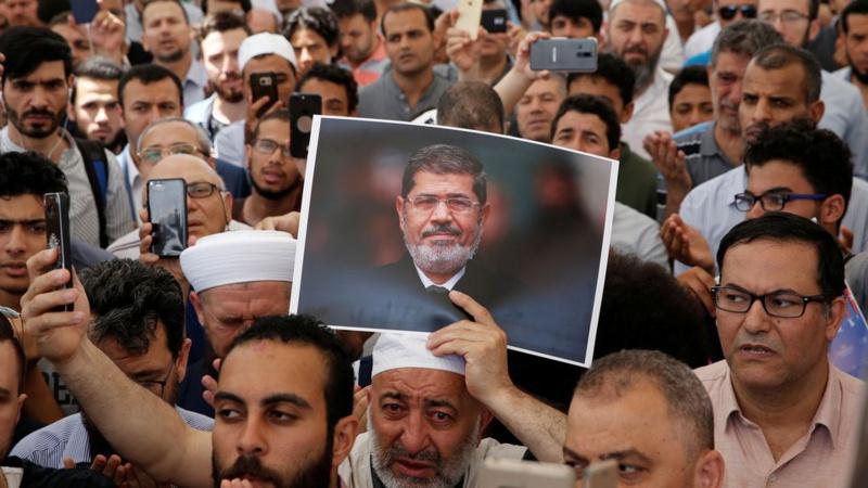 Mort de Mohamed Morsi : une prière rassemble des milliers de personnes à Istanbul