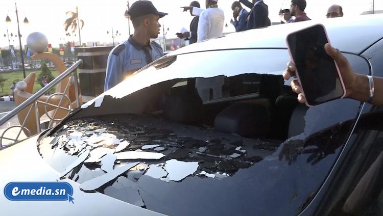 Rectification : c'est le véhicule de Souleymane Ndéné NDIAYE qui a été caillassé