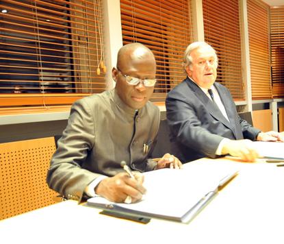 Accord de partenariat entre le Conseil de L'Eure et la Municipalité de Saint louis