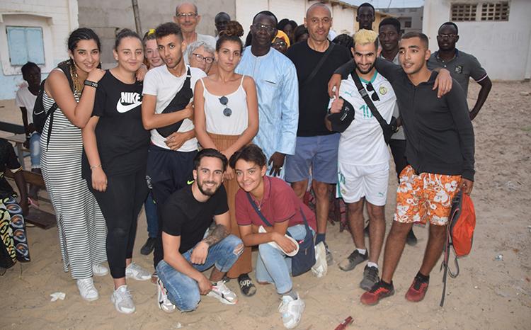 Coopération internationale : Une dizaine de jeunes Français en projet solidaire à Guet-Ndar (vidéo)