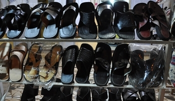 Dallu Ngaay : les chaussures en cuir made in Sénégal