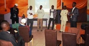 Dakar 2.0 : Les cybercitoyens ont planché sur le rôle des réseaux sociaux dans la présidentielle 2012.
