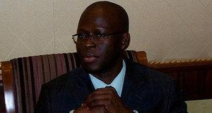 Hué par les jeunes à la place de l'obélisque, Cheikh Bamba Dièye n'a pu placer mot