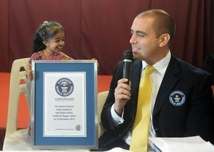 INSOLITE: La plus petite femme du monde se lance dans une carrière politique
