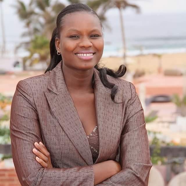 Âgée de 27 ans, voici la remplaçante d'Aissata Tall Sall comme députée à l'Assemblée (photos)