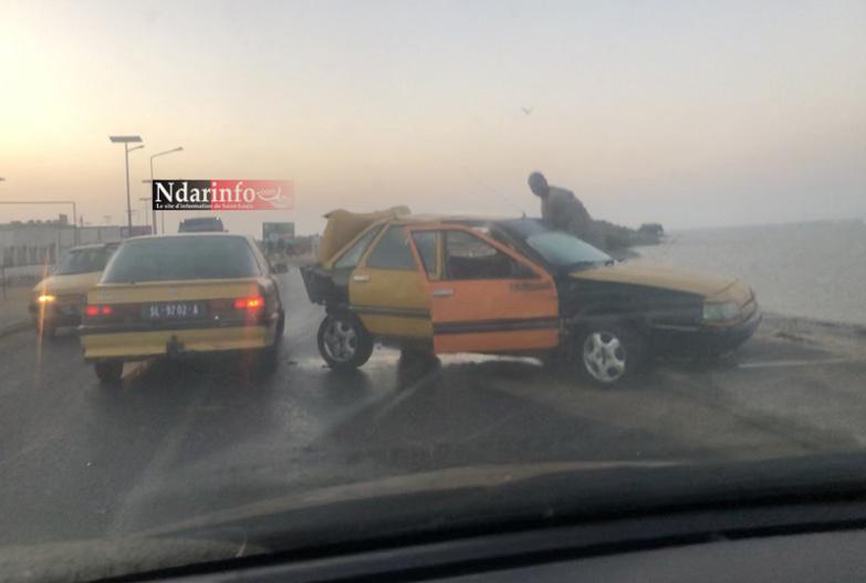 Saint-Louis : collision entre un taxi et un bus sur la corniche nord