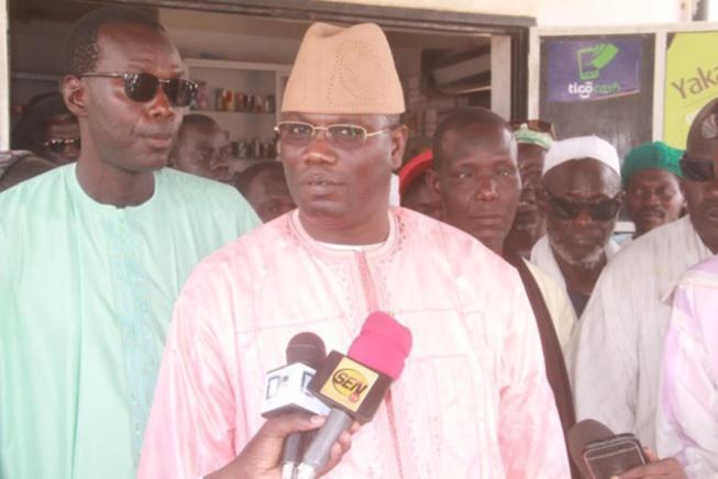 """Hôpital de Touba : """"Trois ministres et 3 chefs religieux ont détourné 14 milliards"""", selon le député Abdou Mbacké"""
