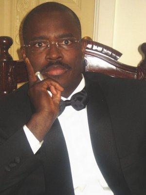 ''Wade n'est pas dans la logique de confiscation du pouvoir'', dit Abdel Kader Pierre Fall
