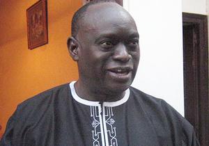Me El Hadji Diouf arrêté à Paris pour viol sur une jeune sénégalaise de 17 ans