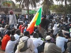 Message de paix des jeunes sénégalais (filles et garçons) en politique