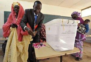 Saint-Louis: Une personne vote à la place de Maimouna Diagne
