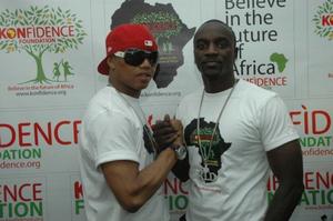 Akon et Elhadj Diouf à Dakar : des audiences prévues avec Me Wade et Macky Sall.