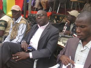 Moussa Oumar Gueye(Sud FM), Babacar Niang(Zik FM) et Abdou Boye(2STV)