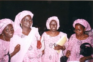 De gauche à droite : Mmes Aïda MBAYE, Penda DIENG, Khoudia MBAYE et Hassanatou Cissé BARRY, à la 5ème CONFERENCE NATIONALE DU MOUVEMENT DES FEMMES DE LA LD/MPT