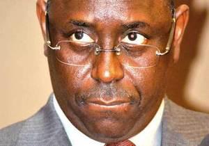 Macky Sall intrigué par un chèque de deux (2) milliards