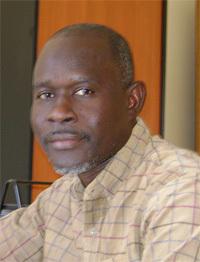 Hamadou Tidiane Sy, fondateur du site d'information Ouestaf.: ''les médias en ligne doivent authentifier leurs informations''