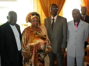 Photos exclusives| Youssou Ndour a reçu une délégation de l'Association Saint-Louis Jazz
