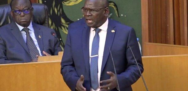 Assemblée nationale: Aymérou Gningue va proposer une loi interdisant les marches les vendredi et dimanche