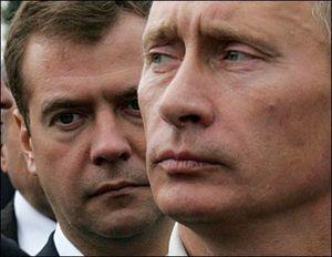 Poutine / Medvedev : quel tandem ! Une comédie politique aux antipodes de la démocratie