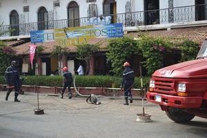 (Photos)Dernière minute : Une annexe de l'Hôtel de la Poste de Saint-Louis a pris feu