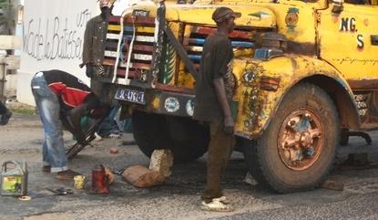 URGENT-Saint-Louis: Un camion perd sa remorque et provoque un gros bouchon